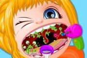Barbi Bebek Boğaz Doktorunda
